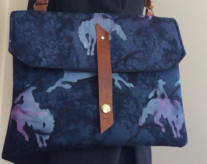 Horse Equestrian IPad Tablet Padded Case Handbag Purse
