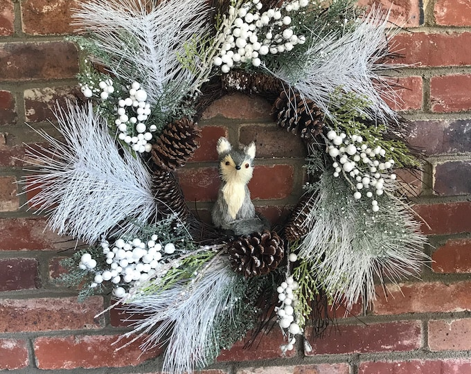 Fox Winter Holiday Wreath white and Silver