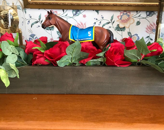 "Equestrian Horse Centerpiece Horse Race Red Rose Flowers ""Run for the Roses"""