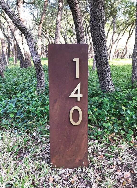 MODERN ALUMINIUM OAK POST FREE STANDING GATE SIGN LARGE UPRIGHT LAWN SIGN