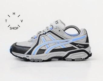 finest selection 743e7 450fc Vintage ASICS Gel Dominator running sneakers   Retro Hiking Trekking kicks  trainers   Womens Kith Deadstock OG Original Retro shoes   90s