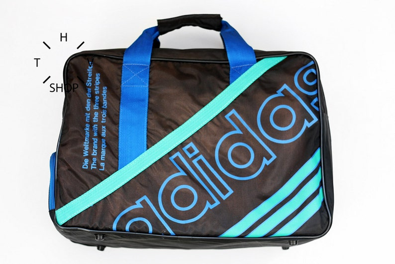 NOS Adidas Originals handbag   Unisex One Size gym bag   Rare  e681f9398ef10
