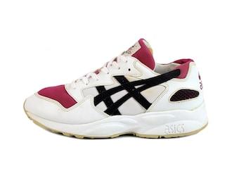 1996 vintage ASICS Gel Running sneakers / 90s OG Asics TN661 kicks / Unisex shoes trainers / 6.5US men's 8US women's 6UK 39.5EU