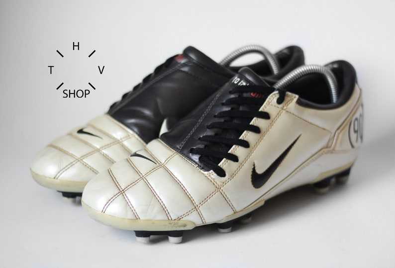 outlet store d0ae3 a1831 Vintage Nike Total 90 III FG soccer boots   Metallic White   Etsy