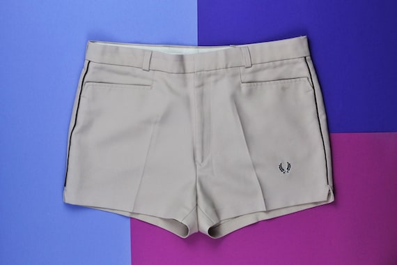 70s vintage Fred Perry tennis shorts Beige Brown court casual pants Deadstock DS OG mens Wimbledon shorts made in Hong Kong 36