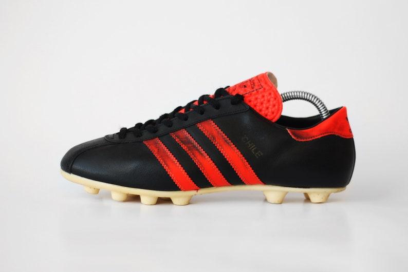 80er Jahre Vintage Adidas Chile Fußballschuhe schwarz Neon rot OG Stollen WM Fußball Stiefel Leder Fußball Stollen hergestellt in