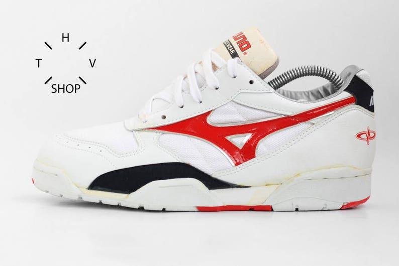 216e8f7784e NOS Vintage Mizuno Cross Star TP sneakers   White athletic