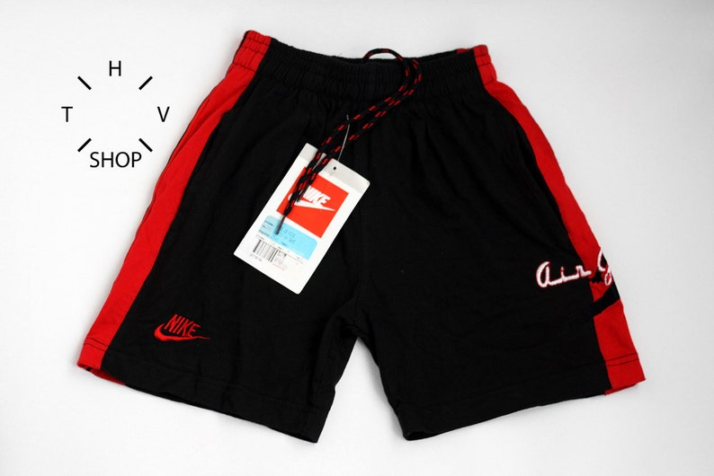 3a2bec6eab6356 NOS Vintage Nike Air Jordan Same junior shorts   Kids