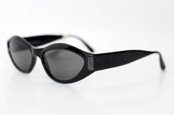 1117d75cd5 NOS vintage Ellen Tracy cat eye sunglasses   Womens fashion