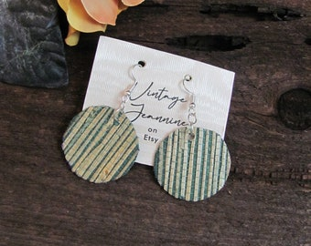 Beautiful Natural Mica Texture Dangle Earrings 1 Inch 24mm Many others to choose from in my shop!