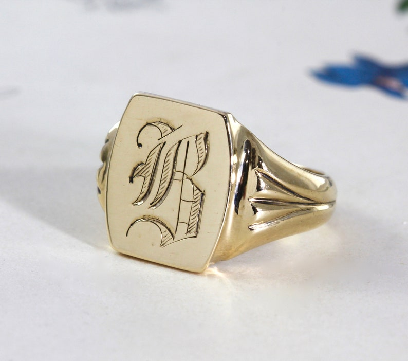 f00dfc29db00a Vintage Signet Ring, 10k Yellow Gold Engraved Gothic Initial B,  Personalized Unisex Mens Jewelry