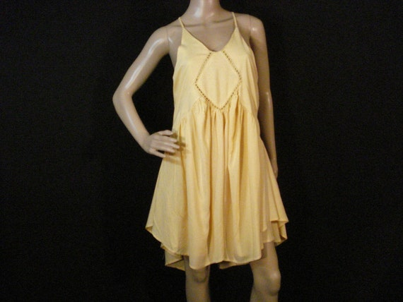 Romeo & Juliet Couture Yellow Summer Dress SM