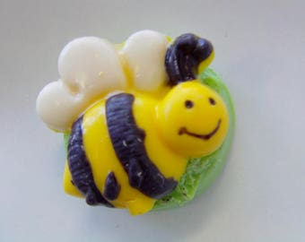 Bee/Bumblebee Candy Covered Cookie Party Favor/1st Birthday/Baby Shower/Mom -to-Be/Candy Buffet (12)