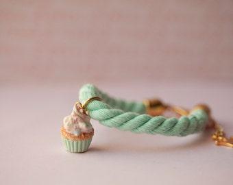 Mint Cupcake Bracelet / Rope Bracelet / food jewelry / miniature food / kawaii jewelry / cupcakes jewelry / fake food / dollhouse miniature
