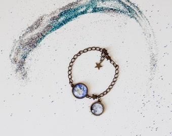 Earth and Moon Bracelet, Space Jewelry, Boho Style, Vintage, Galaxy, Astronomy Jewelry, Stars , Antique Bronze jewelry, Retro, Goth Jewelry
