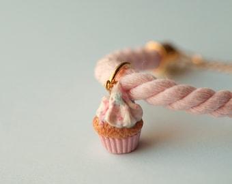 Baby Pink Cupcake Bracelet / rope bracelet / mini food / food jewelry / fake food / kawaii jewelry / cupcakes jewelry / dollhouse miniature