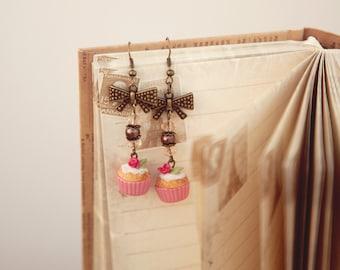 Food Jewelry Rose Cupcake Earrings, Miniature Food, Vanilla Frosting, Polymer Clay Earrings, Cupcake Jewelry, Kawaii Jewelry, Foodie Gift