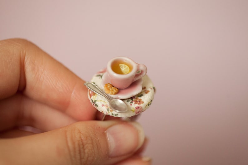 Lemon Tea Cup miniature table Ring / dollhouse miniature / image 0