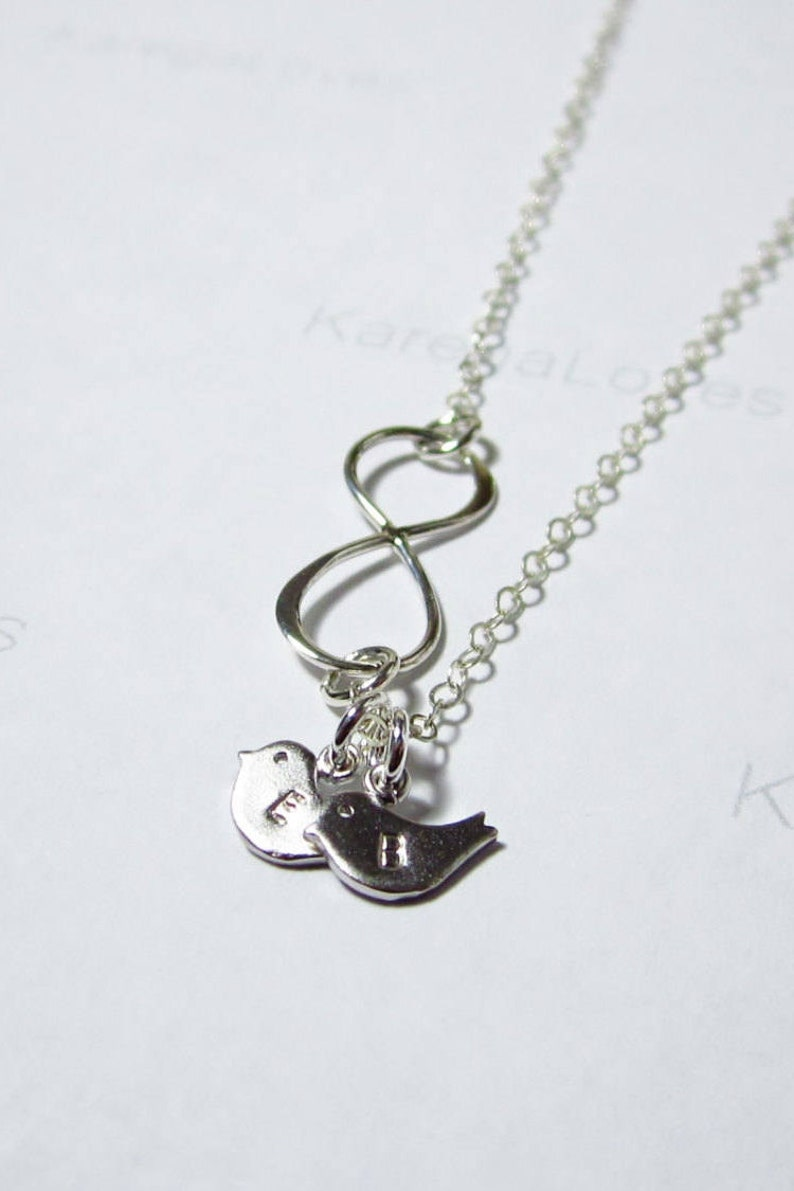 Infinity necklace Family necklace Sister jewelry Mother jewelry Grandmother necklace Baby bird necklace Valentine/'s Mother/'s day gift N116