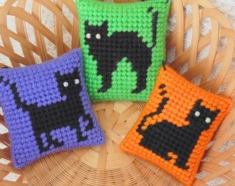 Black Cat Ornaments Set, Halloween Needle Art, Spooky Cats Decor, Halloween Decor, Needlepoint  Mini Pillows, Cat Pincushions