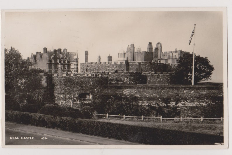 Deal Castle Kent 6054  Postcard Postally Used