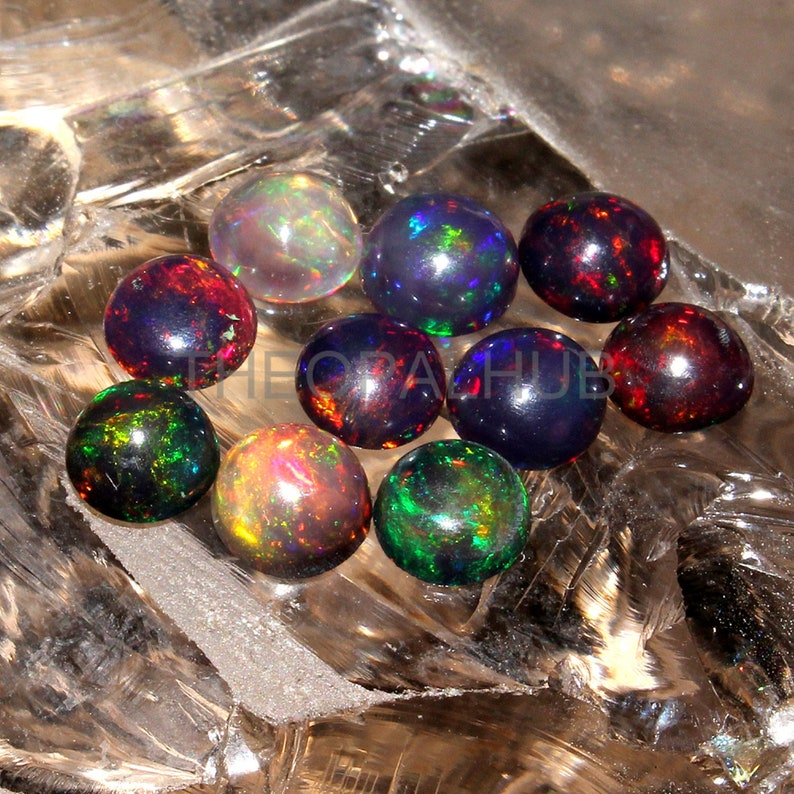 NATURAL ETHIOPIAN WELO FIRE OPAL CABOCHON CALIBRATED PLAY COLOR DDL16