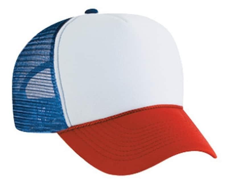 3f9b2788c8284 STRANGER dingen Dustin Red White   Blue HAT Trucker Cap