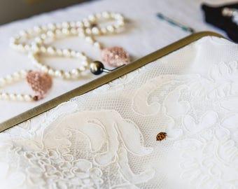 Alencon Lace Bridal Clutch, White Satin Bridal Purse, Bridesmaid Clutch Gift, White Lace Wedding Clutch, Bridal Party Gift, Eight inch Frame