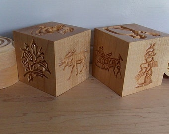 Corzetti Pasta Stamp Cube Set, Santa Claus Stamp, 6 stamp designs, 1 Pasta Handle, 1 Cutter/Stand, Christmas Corzetti Pasta Stamp Set