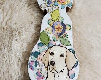Yellow Labrador table decor