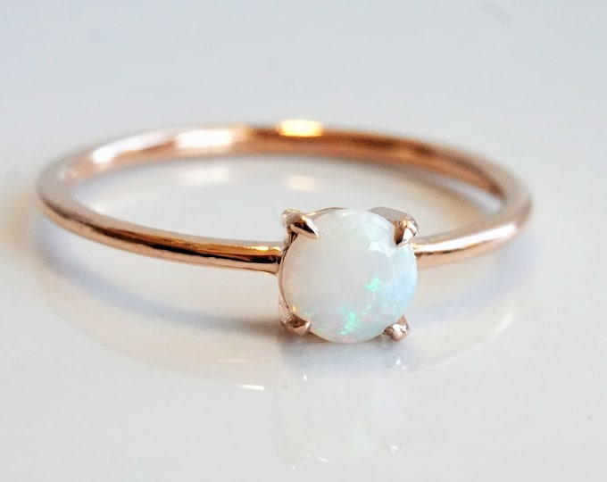 EVA - White Australian Opal 5 mm , solid 14k Gold Opal Ring, Opal Solitaire, Opal Dainty Ring, Opal Engagement Ring, Coober Pedy Opal