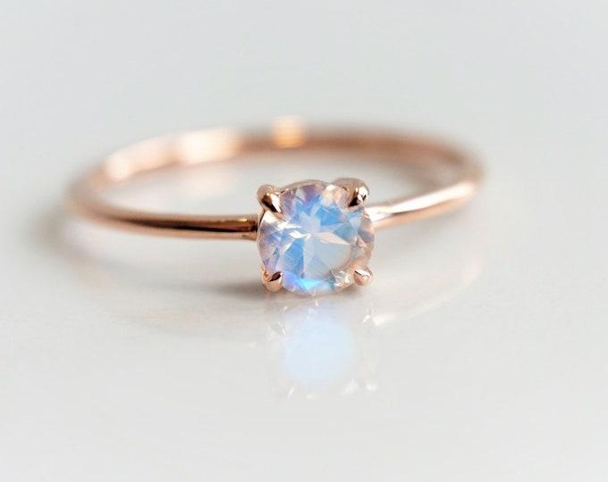 Eva - Rainbow Moonstone, solid 14k Gold Moonstone Ring, Moonstone Solitaire, Moonstone Dainty Ring, Moonstone Engagement Ring