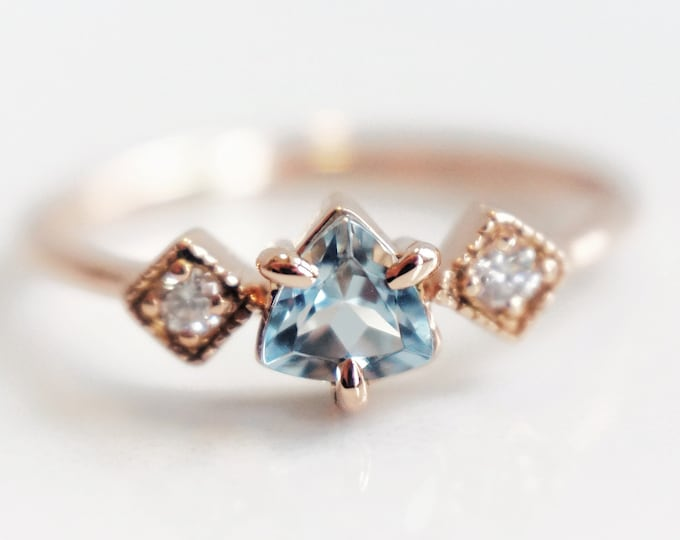 Macy - Trillion Aquamarine 14k or 18k , Aquamarine Crown Ring, VS Diamond Aquamarine Ring, Unique Aquamarine Ring, March Birthstone