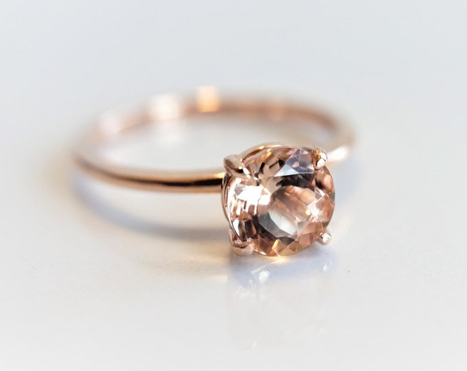 Ava -  Round Peach Pink Morganite Classic Solitaire ,1 carat, 7 mm Morganite , Rose Gold Ring, 14K Gold, Morganite Engagement Ring