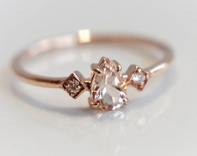 Justine - Pear Pink Morganite 14k Gold, Morganite Ring, Diamond Morganite Ring, Unique Morganite Engagement Ring