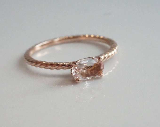 Fleur de lis - Horizontally Oval 6 x 4 mm Morganite,14K Gold, Morganite stackable ring, Morganite Engagement ring, Rope band ring
