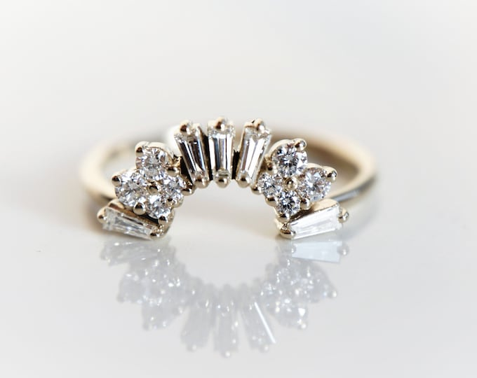 Victoria Crown No.1 -  Vintage Art Deco Inspired 14K Gold 0.4 CT Diamond Contour Band, Crown Curved Band, Stacking Wedding Band, Diamond Ban