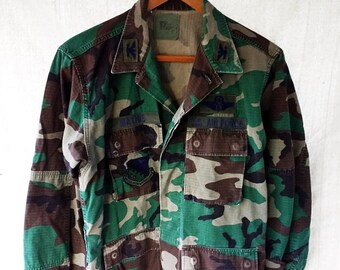 79a238323a Vintage Air Force Camo Jacket Woodland Combat Camouflage ACU BDU Camo  Jacket Military Patches Size Medium Army Fatigues 90s Green Camo