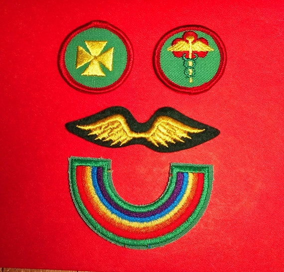 Vintage lot of Girl Scout Patches GSA Badges 80s Girl Scout Patches Rainbow  Bridge Patch First Aide Wings Merit Badges Patches