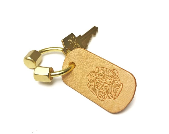 Horseshoe Natural brass and Leather PNW key ring