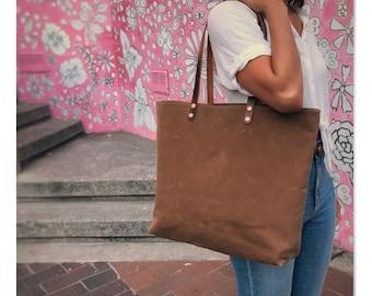 Mabel - Large over the shoulder waxed canvas bag