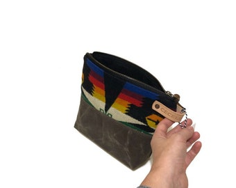 Wool and Waxed Toiletries bag - Bright