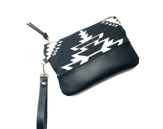 Ayla Leather and wool Clutch - TSI Mayoh