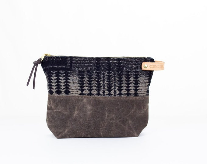 Wool and Waxed Toiletries bag - Harding Tonal