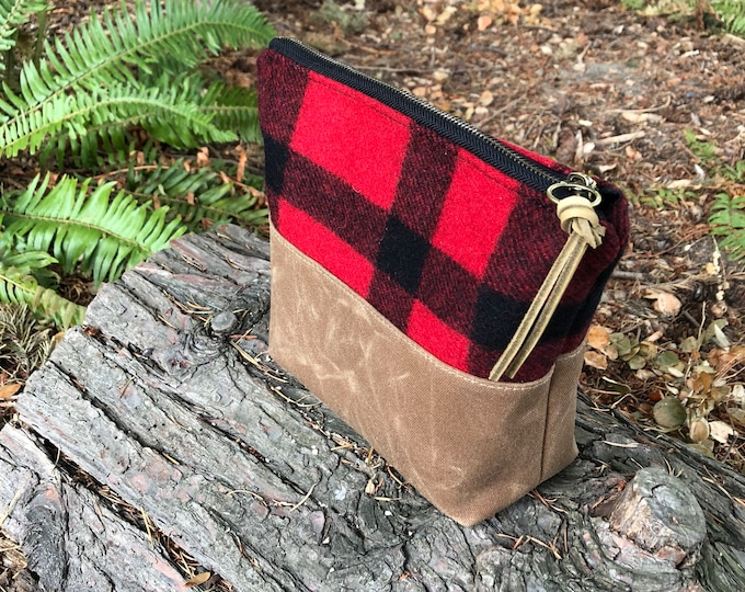Wool and Waxed Toiletries bag - Plaid