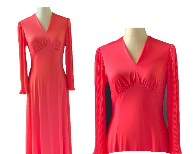 Vintage Coral Maxi Dress by Edith Flagg with Elegant Full Mini Pleat Arms.