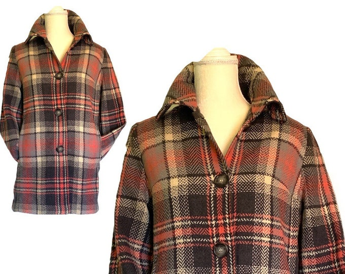 1950s Wool Pea Coat by Pendleton in Gray and Pink Tartan Plaid. Warm Winter Coat. Vintage Fashion