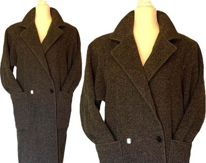 1980s Gray Cashmere Wool Trench Coat. Soft and Warm Overcoat with the Oversized Style. Fall Fashion Trend.