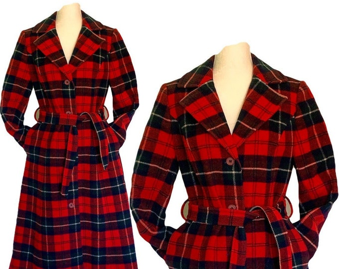 1950s Red Plaid Wool Coat by Pendleton. Warm Winter Coat. Vintage Fashion Statement Clothing
