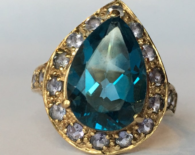 Vintage Blue Topaz Ring. Iolite Accents. 14K Yellow Gold Setting. London Blue. Unique Engagement Ring. November Birthstone. 4th Anniversary